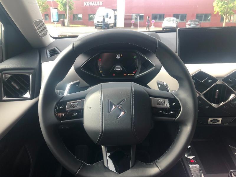 Photo 13 de l'offre de DS DS 3 Crossback PureTech 130ch Grand Chic Automatique 7cv à 33490€ chez Citroën SAVRA
