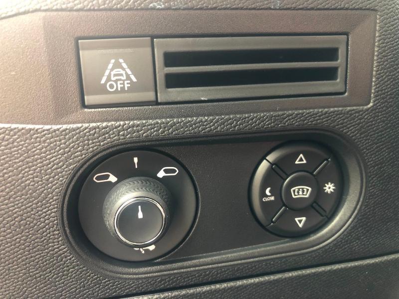 Photo 9 de l'offre de DS DS 3 Crossback PureTech 130ch Grand Chic Automatique 7cv à 33490€ chez Citroën SAVRA