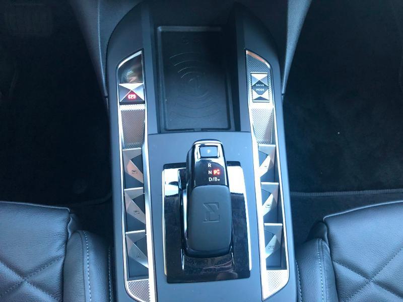 Photo 16 de l'offre de DS DS 3 Crossback E-Tense Grand Chic 4cv à 36390€ chez Citroën SAVRA