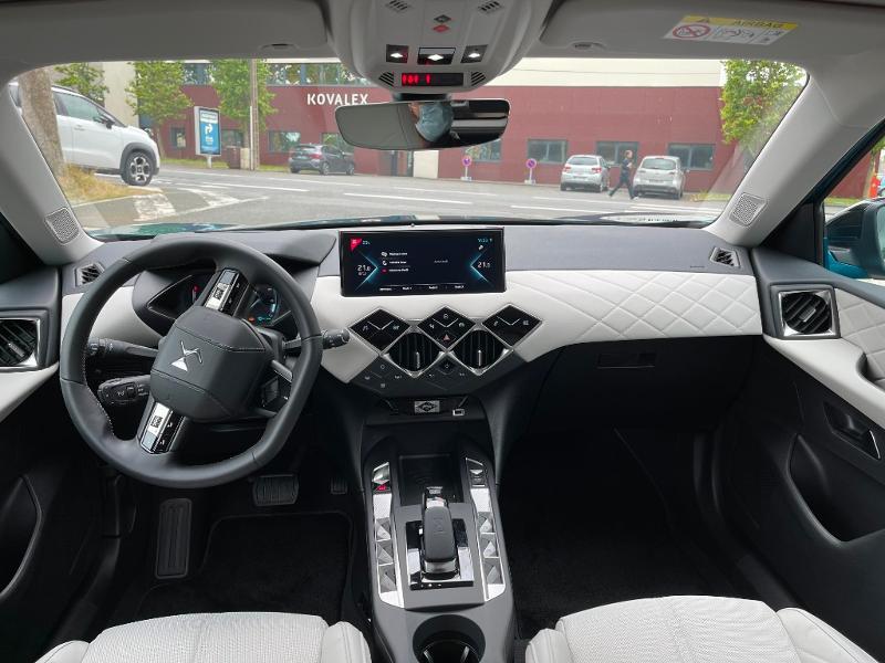 Photo 10 de l'offre de DS DS 3 Crossback E-Tense Grand Chic 4cv à 35990€ chez Citroën SAVRA