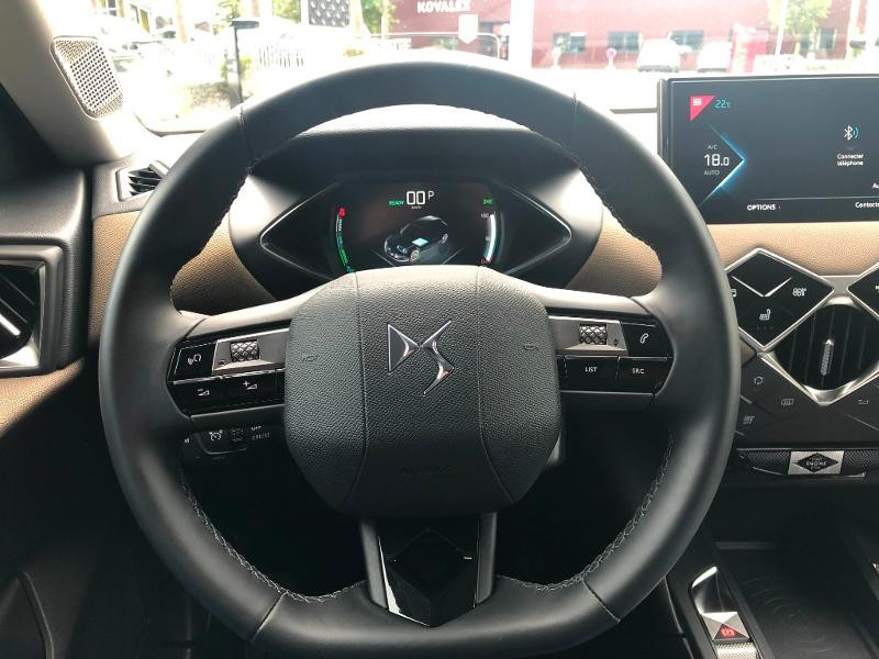 Photo 13 de l'offre de DS DS 3 Crossback E-Tense Grand Chic à 32990€ chez Citroën SAVRA