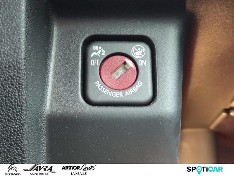 Photo 18 de l'offre de DS DS 3 PureTech 110ch Be Chic S&S à 12490€ chez Citroën SAVRA