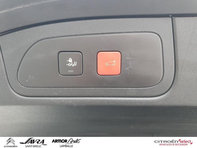 Photo 12 de l'offre de DS DS 7 Crossback BlueHDi 180ch Grand Chic Automatique 128g à 35990€ chez Citroen Saint-Brieuc Savra
