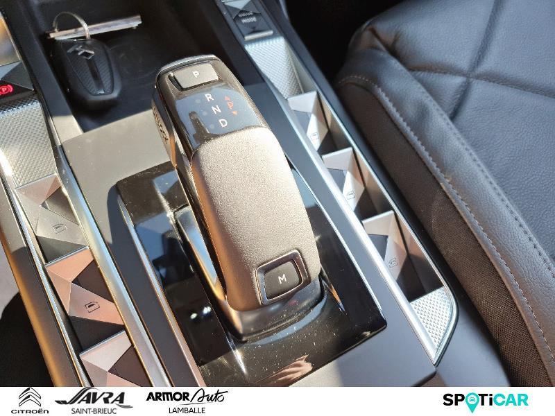 Photo 12 de l'offre de DS DS 3 Crossback PureTech 130ch Grand Chic Automatique 109g à 26990€ chez Citroën SAVRA