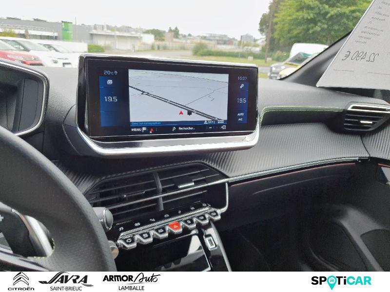 Photo 16 de l'offre de PEUGEOT 208 1.2 PureTech 130ch S&S GT Line EAT8 7cv à 22490€ chez Citroën SAVRA