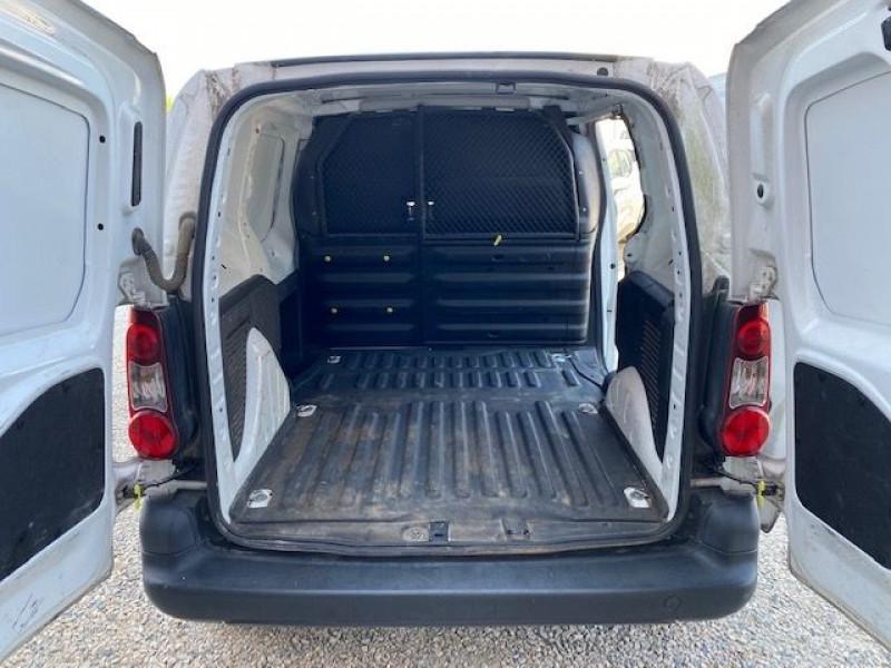 Photo 10 de l'offre de CITROEN BERLINGO HDI 75 GARANTIE CONSTRUCTEUR GPS à 7490€ chez JS Auto