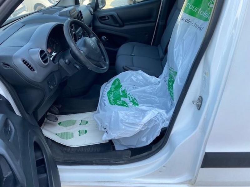 Photo 5 de l'offre de CITROEN BERLINGO HDI 75 GARANTIE CONSTRUCTEUR GPS à 7490€ chez JS Auto