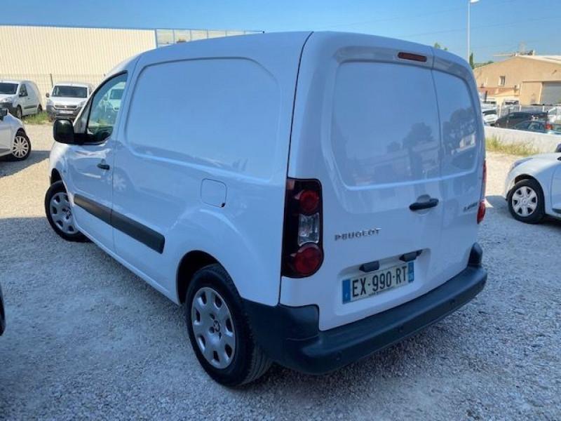 Photo 3 de l'offre de PEUGEOT PARTNER 100 GARANTIE CONSTRUCTEUR CAMERA GPS à 11990€ chez JS Auto