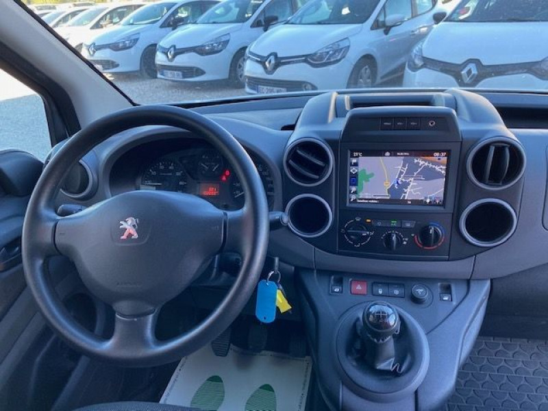 Photo 7 de l'offre de PEUGEOT PARTNER BLUEHDI 100 GARANTIE CONSTRUCTEUR GPS à 9990€ chez JS Auto