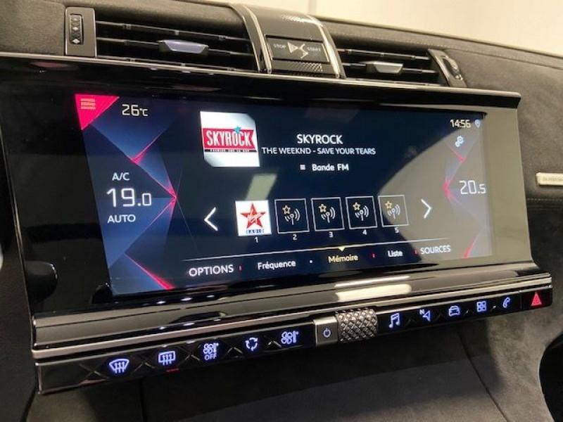 Photo 13 de l'offre de DS DS 7 CROSSBACK PURETECH 180CH PERFORMANCE LINE AUTOMATIQUE à 32990€ chez e-Vago