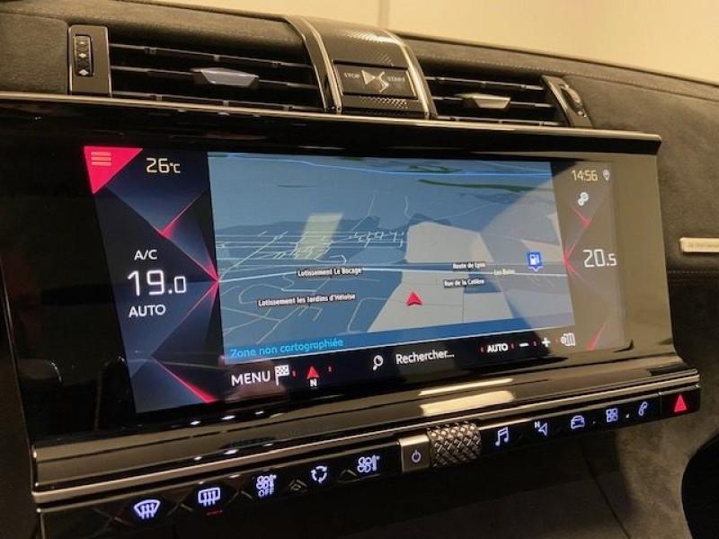 Photo 12 de l'offre de DS DS 7 CROSSBACK PURETECH 180CH PERFORMANCE LINE AUTOMATIQUE à 32990€ chez e-Vago