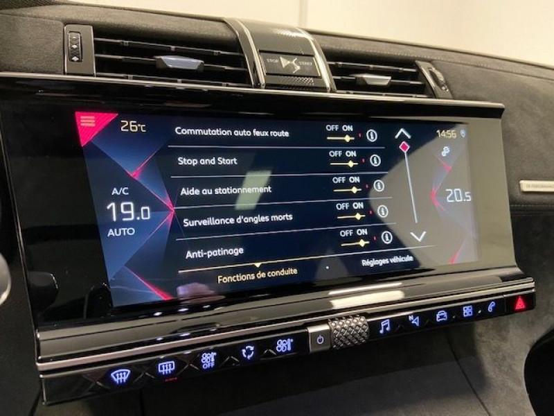 Photo 14 de l'offre de DS DS 7 CROSSBACK PURETECH 180CH PERFORMANCE LINE AUTOMATIQUE à 32990€ chez e-Vago