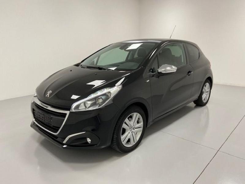 Peugeot 208 1.2 PURETECH 82CH STYLE 3P Essence NOIR PERLA Occasion à vendre