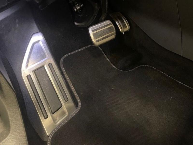 Photo 8 de l'offre de PEUGEOT 3008 HYBRID4 300CH GT E-EAT8 à 36990€ chez e-Vago