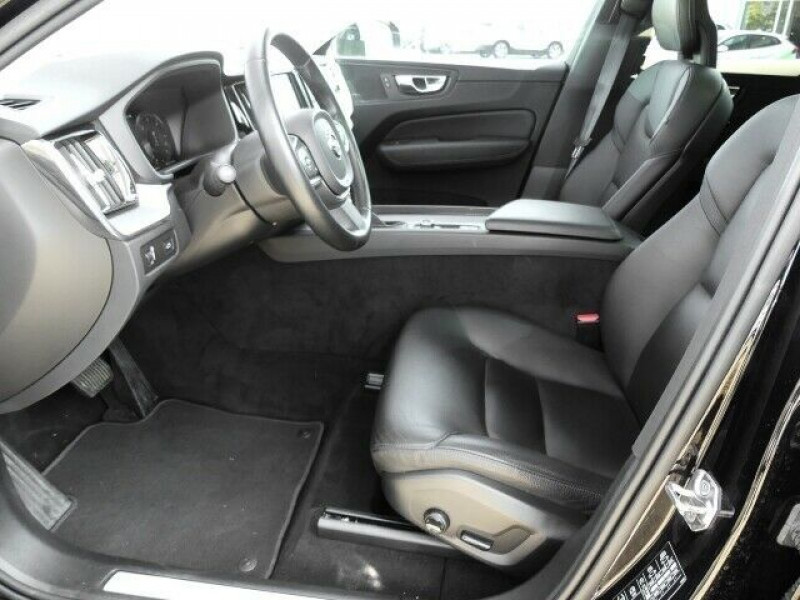 Photo 9 de l'offre de VOLVO XC60 D4 AWD 190CH MOMENTUM GEARTRONIC à 36990€ chez e-Vago