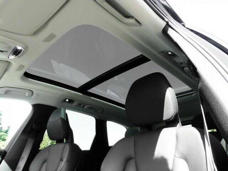 Photo 10 de l'offre de VOLVO XC60 D4 AWD 190CH MOMENTUM GEARTRONIC à 36990€ chez e-Vago