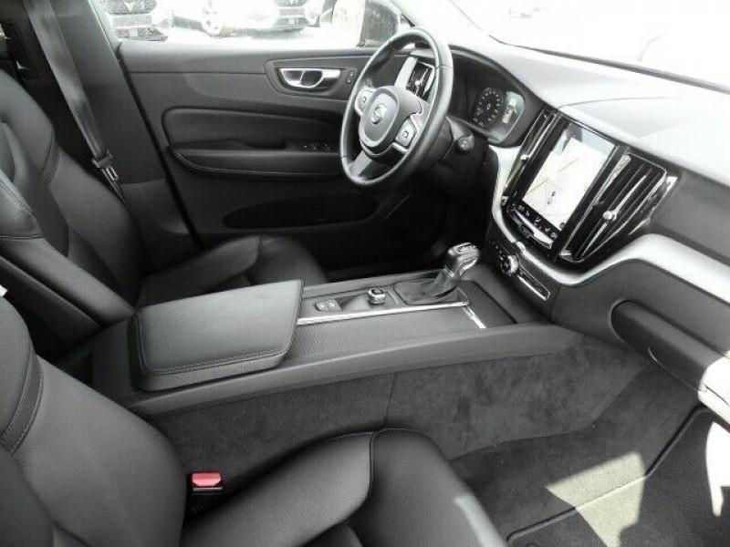 Photo 7 de l'offre de VOLVO XC60 D4 AWD 190CH MOMENTUM GEARTRONIC à 36990€ chez e-Vago