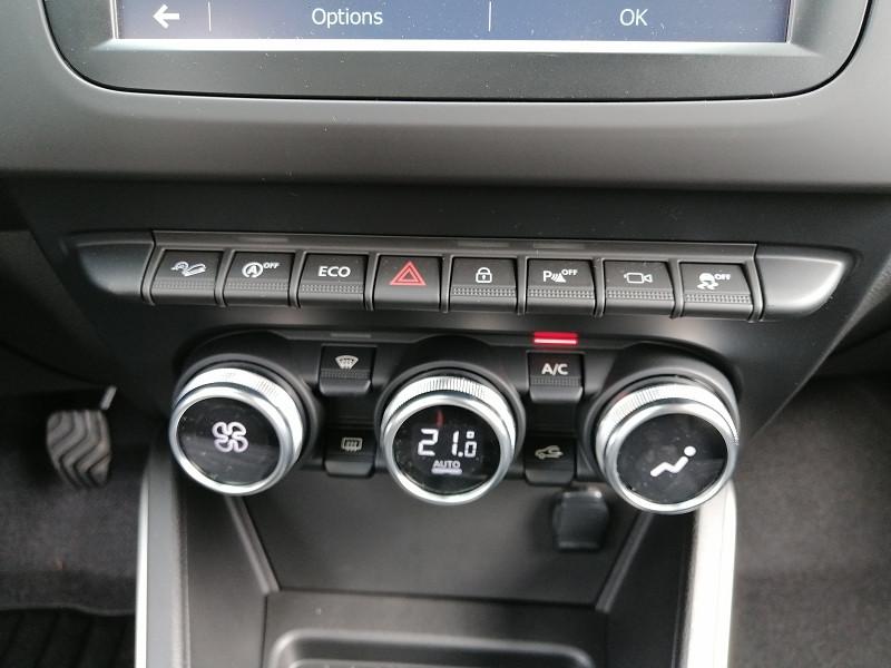 Photo 17 de l'offre de DACIA DUSTER 1.5 BLUE DCI 115CH PRESTIGE 4X4 à 22990€ chez Willy Mathey automobiles