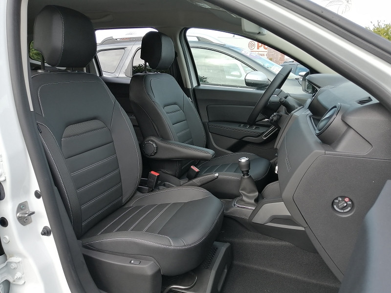 Photo 10 de l'offre de DACIA DUSTER 1.5 BLUE DCI 115CH PRESTIGE 4X4 à 22990€ chez Willy Mathey automobiles