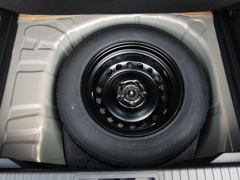 Photo 6 de l'offre de RENAULT CAPTUR II 1.3 TCE 140CH FAP INTENS EDC - 21 à 25990€ chez Willy Mathey automobiles