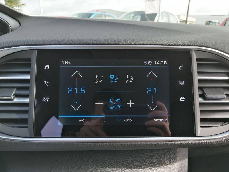 Photo 17 de l'offre de PEUGEOT 308 1.5 BLUEHDI 130CH S&S ACTIVE PACK EAT8 à 23490€ chez Willy Mathey automobiles