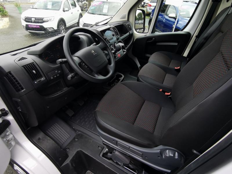 Photo 7 de l'offre de PEUGEOT BOXER FG 333 L2H2 2.2 BLUEHDI S&S 120CH DISPO DE SUITE !!! à 27990€ chez Willy Mathey automobiles