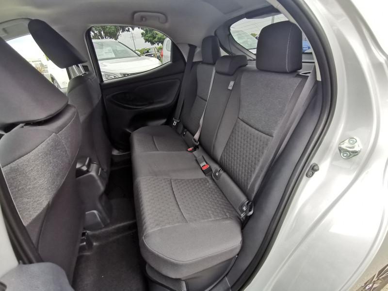 Photo 7 de l'offre de TOYOTA YARIS 116H DESIGN 5P à 21990€ chez Willy Mathey automobiles