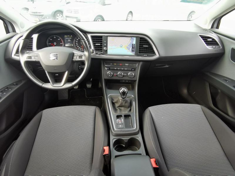 Photo 10 de l'offre de SEAT LEON ST 1.6 TDI 115CH FAP STYLE à 15990€ chez Willy Mathey automobiles