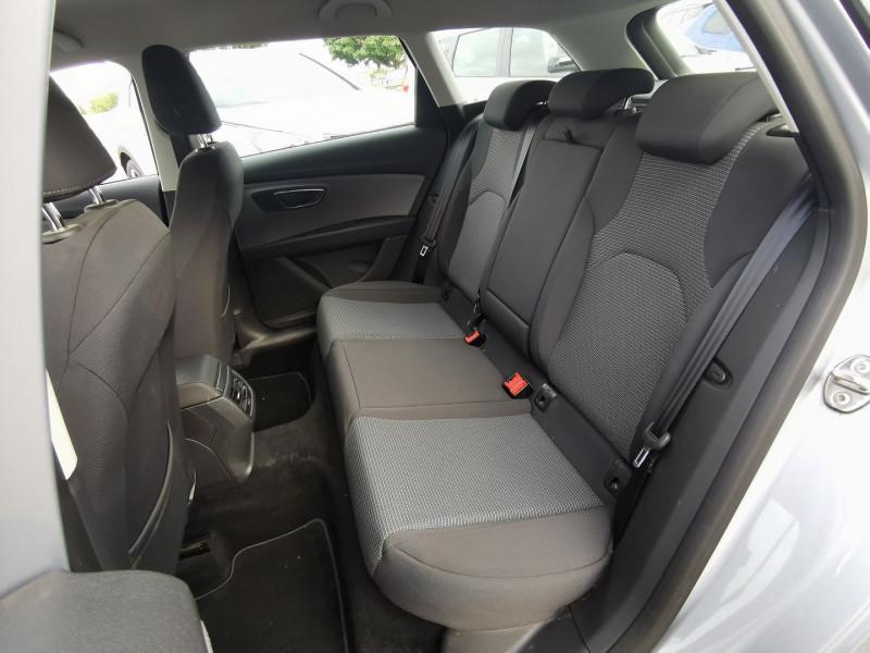 Photo 6 de l'offre de SEAT LEON ST 1.6 TDI 115CH FAP STYLE à 15990€ chez Willy Mathey automobiles