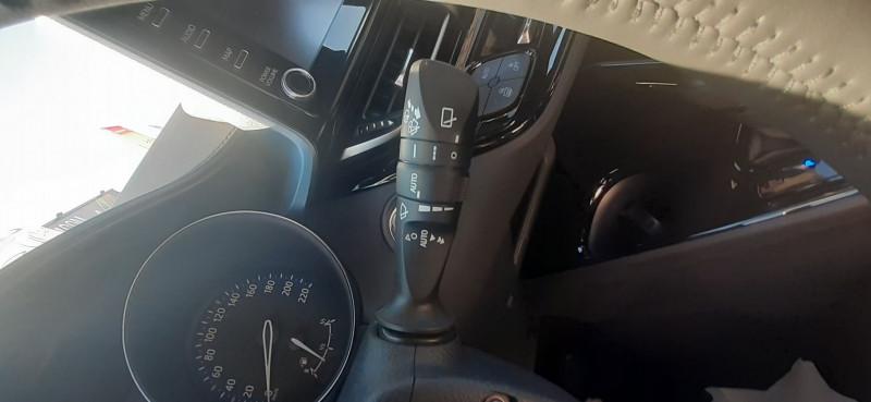 Photo 19 de l'offre de TOYOTA C-HR 122H EDITION 2WD E-CVT à 26990€ chez Willy Mathey automobiles