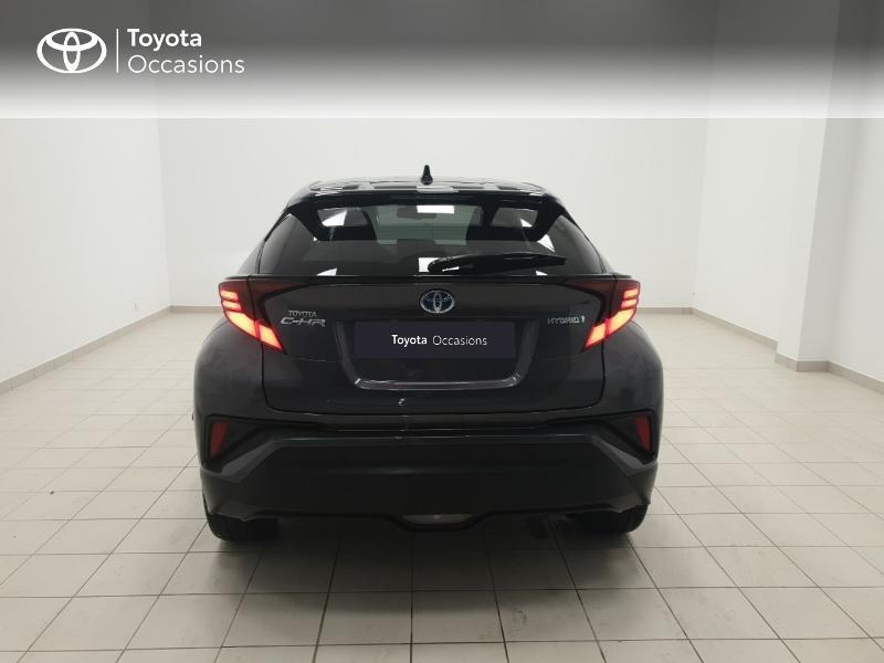 Photo 4 de l'offre de TOYOTA C-HR 122h Distinctive 2WD E-CVT MC19 à 24980€ chez Brest Automobiles - Toyota Brest