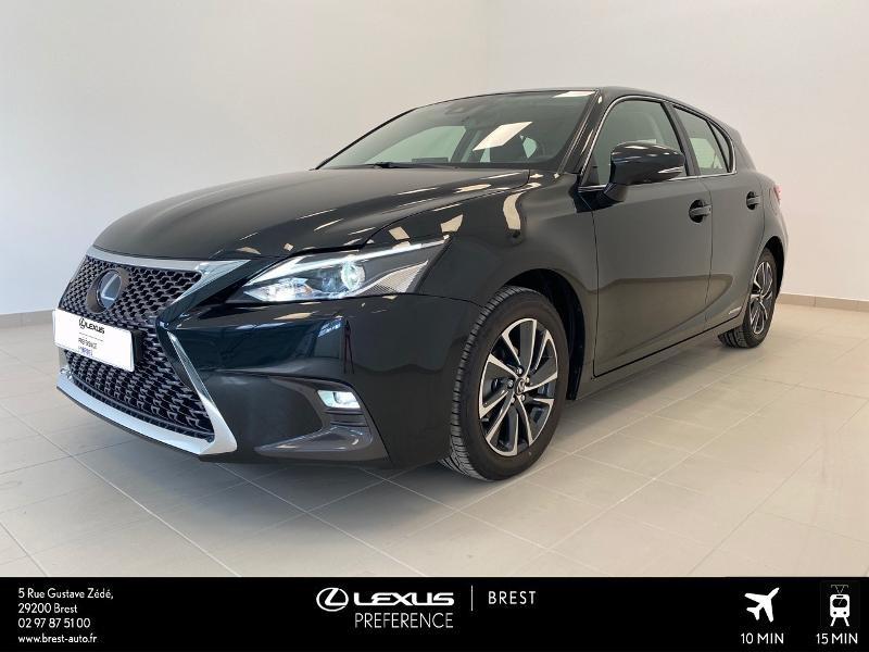 Photo 1 de l'offre de LEXUS CT 200h Pack 2020 à 27690€ chez Brest Automobiles - Toyota Brest