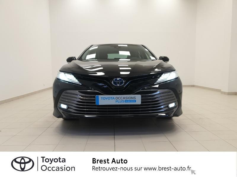Photo 19 de l'offre de TOYOTA Camry Hybride 218ch Design à 33980€ chez Brest Automobiles - Toyota Brest