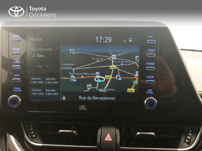 Photo 15 de l'offre de TOYOTA C-HR 122h Distinctive 2WD E-CVT MC19 à 24980€ chez Brest Automobiles - Toyota Brest