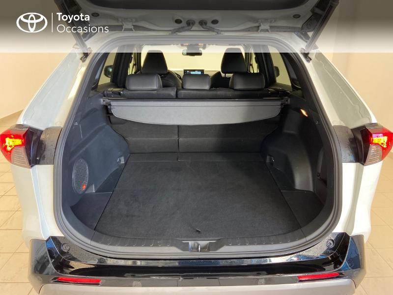 Photo 10 de l'offre de TOYOTA RAV4 Hybride 218ch Collection 2WD à 36980€ chez Brest Automobiles - Toyota Brest