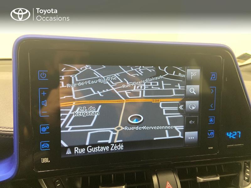 Photo 15 de l'offre de TOYOTA C-HR 122h Graphic 2WD E-CVT RC18 à 23980€ chez Brest Automobiles - Toyota Brest