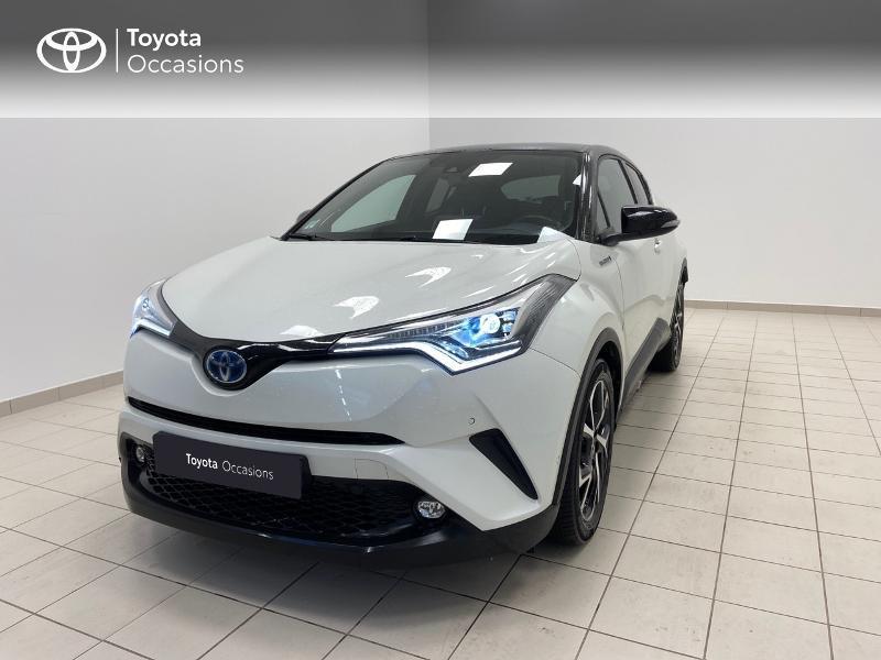 Photo 1 de l'offre de TOYOTA C-HR 122h Graphic 2WD E-CVT RC18 à 23980€ chez Brest Automobiles - Toyota Brest
