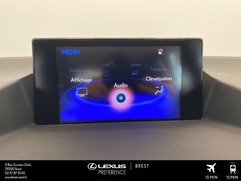 Photo 7 de l'offre de LEXUS CT 200h Pack 2020 à 27690€ chez Brest Automobiles - Toyota Brest