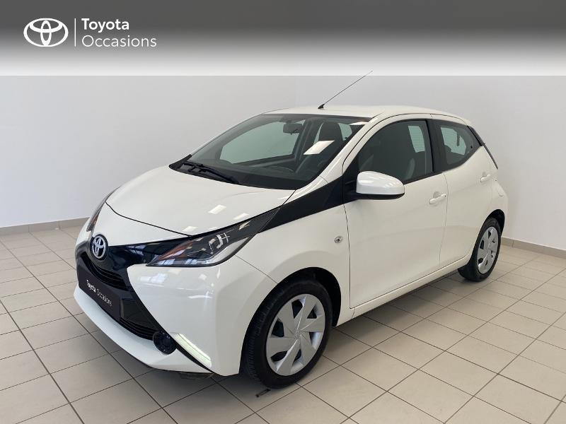 Toyota Aygo 1.0 VVT-i 72ch x-play x-shift 5p Essence blanc Occasion à vendre