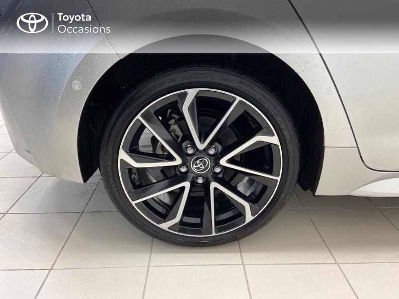 Photo 16 de l'offre de TOYOTA Corolla 122h Collection à 23980€ chez Brest Automobiles - Toyota Brest