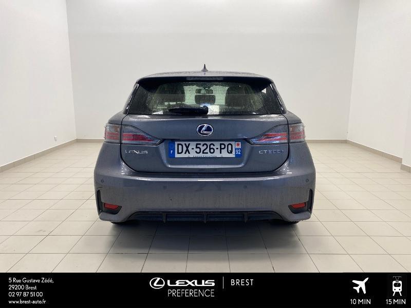 Photo 18 de l'offre de LEXUS CT 200h Pack Business à 16980€ chez Brest Automobiles - Toyota Brest