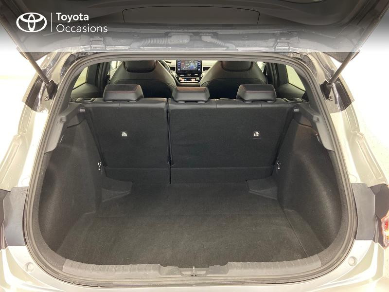 Photo 10 de l'offre de TOYOTA Corolla 122h Collection à 23980€ chez Brest Automobiles - Toyota Brest