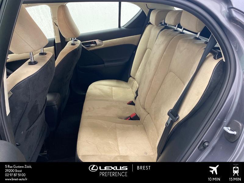 Photo 14 de l'offre de LEXUS CT 200h Pack Business à 16980€ chez Brest Automobiles - Toyota Brest