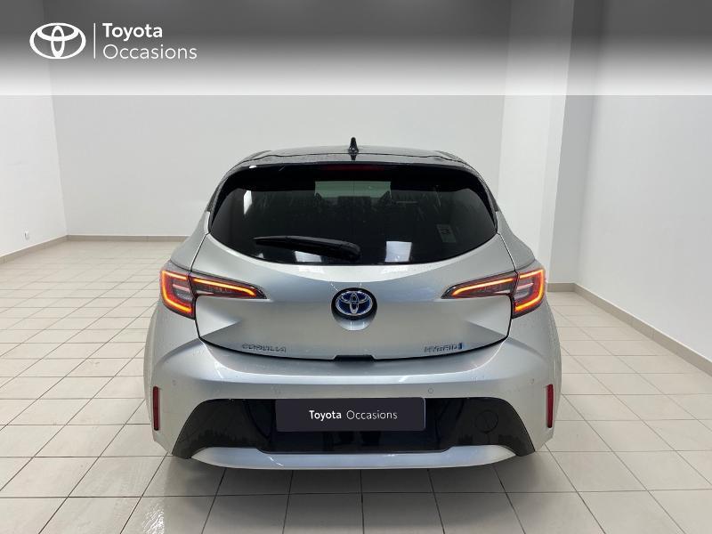 Photo 4 de l'offre de TOYOTA Corolla 122h Collection à 23980€ chez Brest Automobiles - Toyota Brest