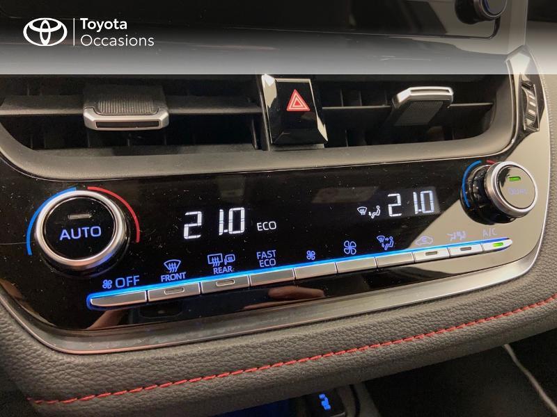 Photo 18 de l'offre de TOYOTA Corolla 122h Collection à 23980€ chez Brest Automobiles - Toyota Brest