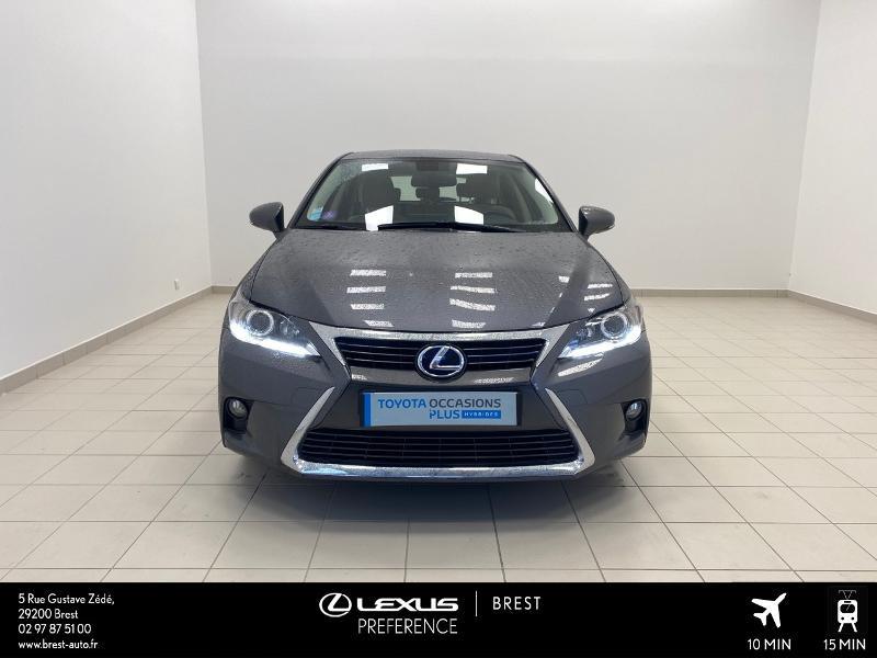 Photo 19 de l'offre de LEXUS CT 200h Pack Business à 16980€ chez Brest Automobiles - Toyota Brest
