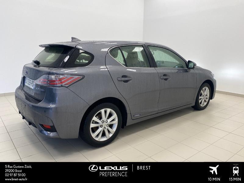 Photo 16 de l'offre de LEXUS CT 200h Pack Business à 16980€ chez Brest Automobiles - Toyota Brest
