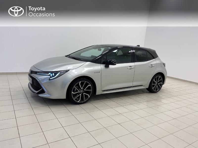 Photo 3 de l'offre de TOYOTA Corolla 122h Collection à 23980€ chez Brest Automobiles - Toyota Brest