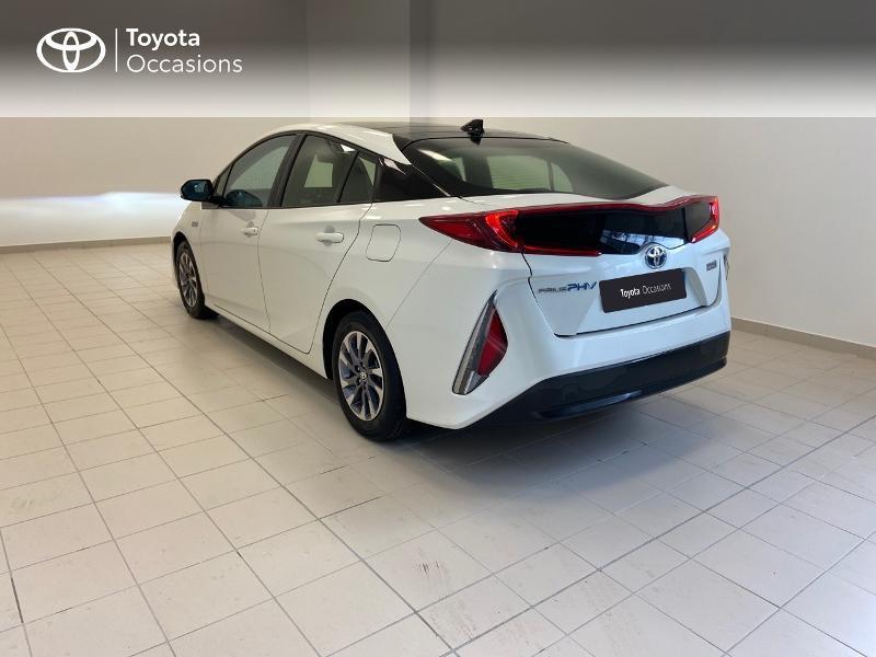 Photo 2 de l'offre de TOYOTA Prius Rechargeable 122h Solar à 22980€ chez Brest Automobiles - Toyota Brest