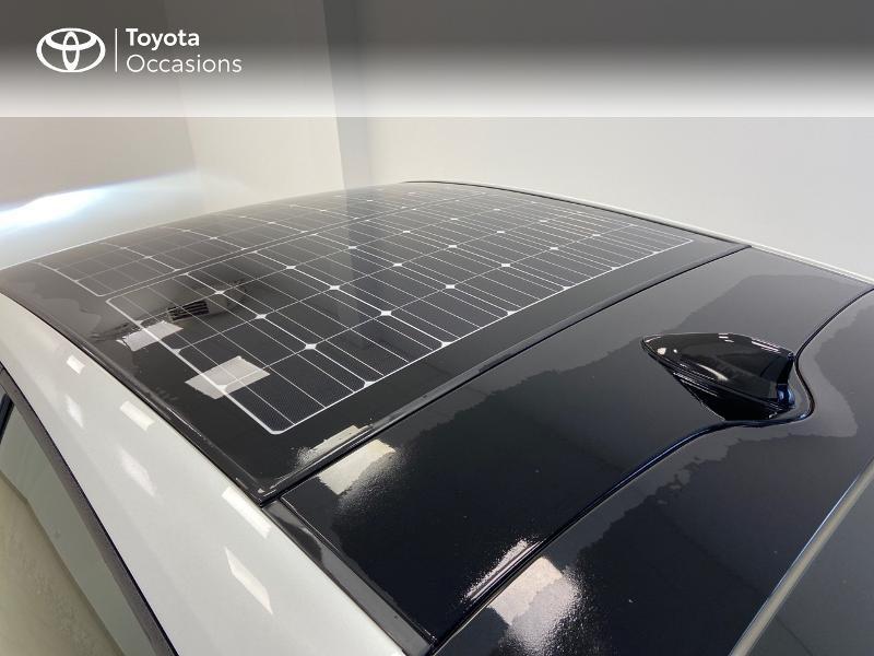 Photo 16 de l'offre de TOYOTA Prius Rechargeable 122h Solar à 22980€ chez Brest Automobiles - Toyota Brest
